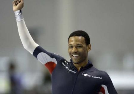 Shani Davis Does It Again...World Cup Speed Skating