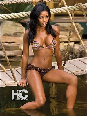 LeAngela Davis is the 2010 Miss Hooters International Winner!!!!