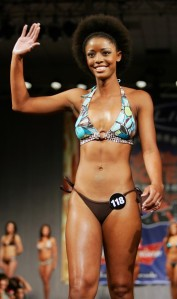 Hooters International 2010 Winner..LeAngela Davis