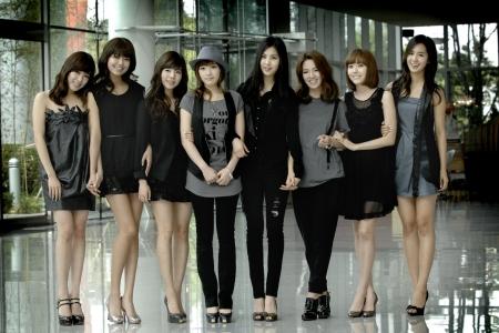 SNSD-Girls Generation have landed in Japan...