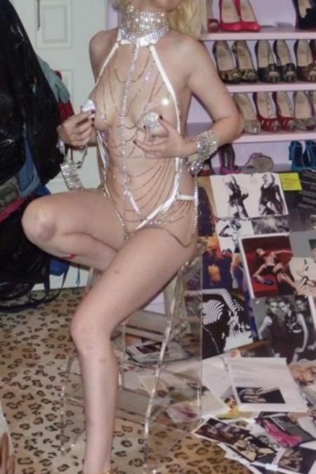 3-christina leaked-photos