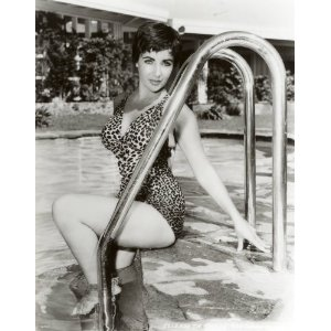 Pin up shot of Elizabeth Taylor