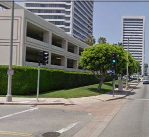 Google maps street view of Sports Club LA parking plunge