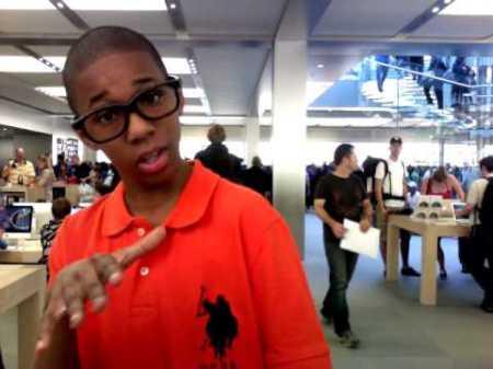 Nicholi White is the REAL Apple Store Kid