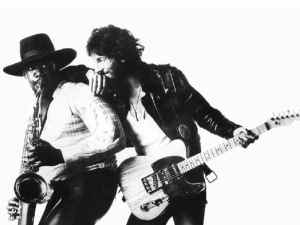 Clarence Clemons and Springsteen are Born To Run...get well soon Big Man!!!